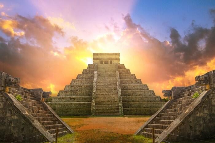 origenes-del-dia-de-san-patricio-Chichen-Itza-México-Foto- TravelTriangle