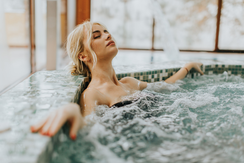 Tips and treatments to try hydrotherapy at home