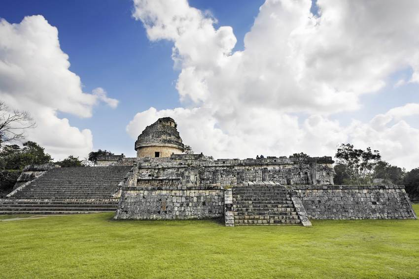 Observatorio El Caracol en Chichen Itzá Riviera Maya