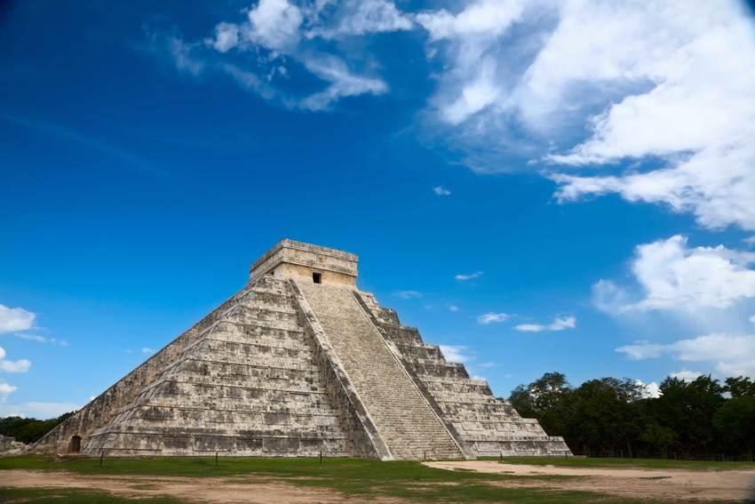 El Castillo de Kukulkán en Riviera Maya
