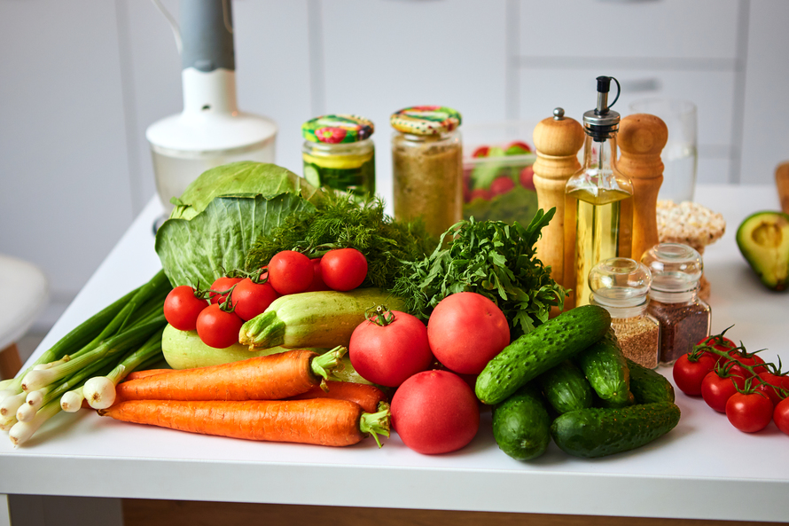 Vegetable-based flexitarian diet, with occasional consumption of animal products