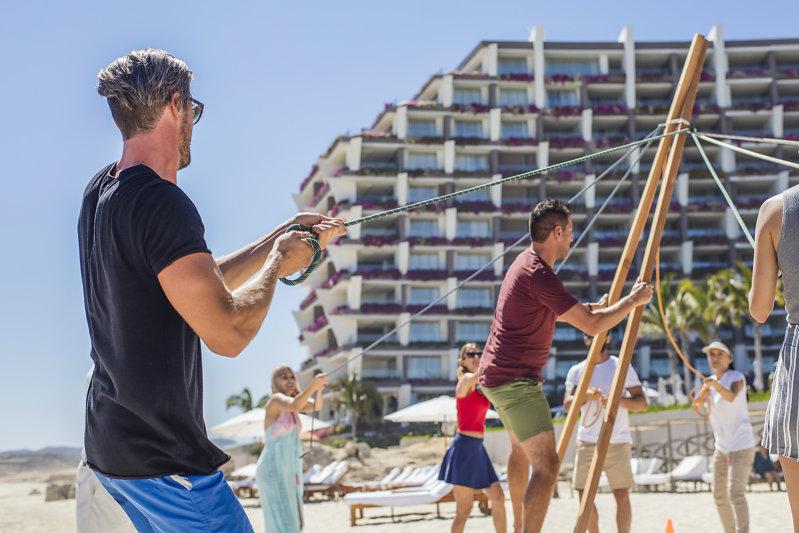 Actividades de playa en Grand Velas Los Cabos resort Todo Incluido de Lujo
