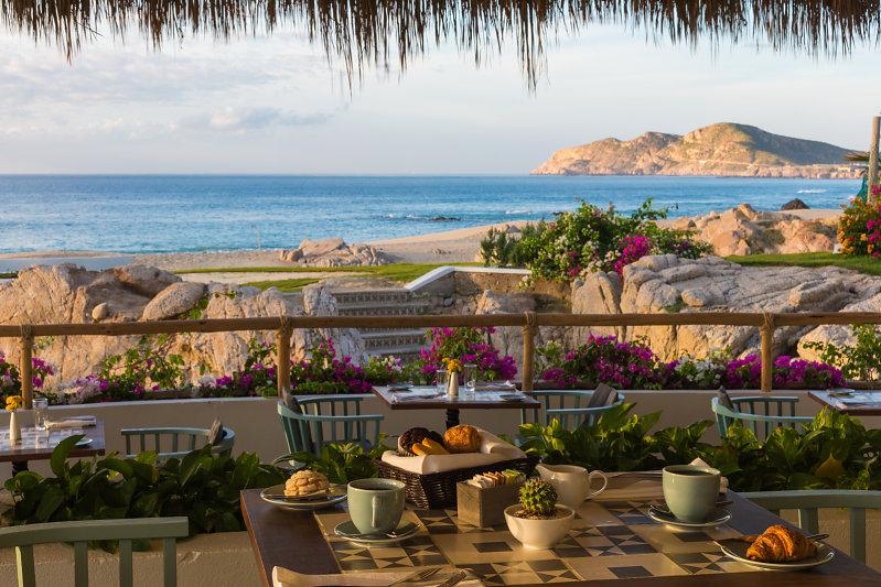 Restaurante Encanto en Mar del Cabo con vista al mar